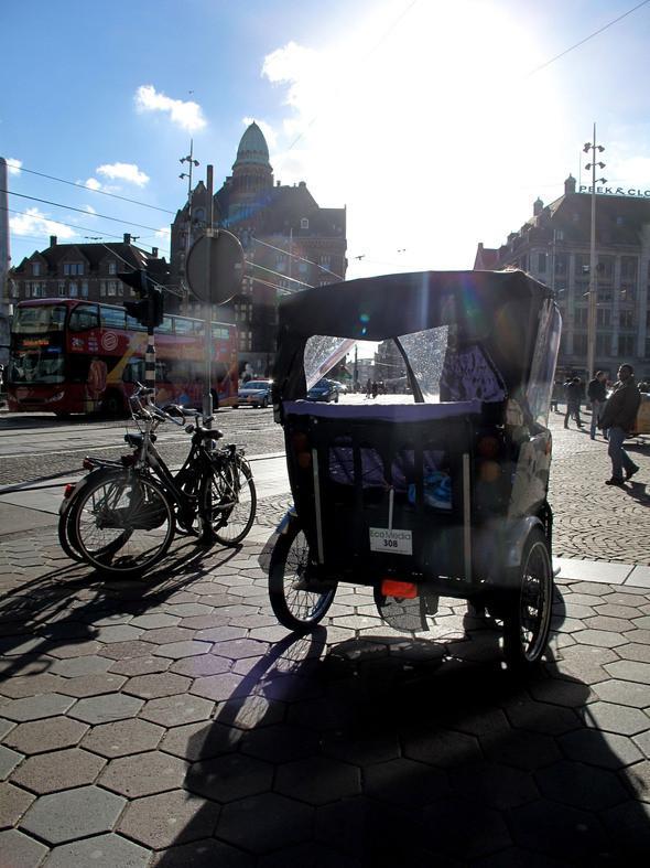 местные рикши не популярны даже у туристов. Изображение № 11.