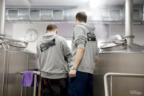 Репортаж: Как варят пиво в частной московской пивоварне. Изображение № 15.