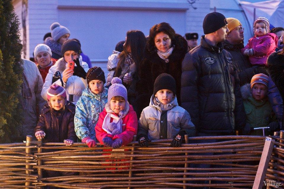 Люди в городе: Рождественская деревня ВВЦ. Изображение № 10.