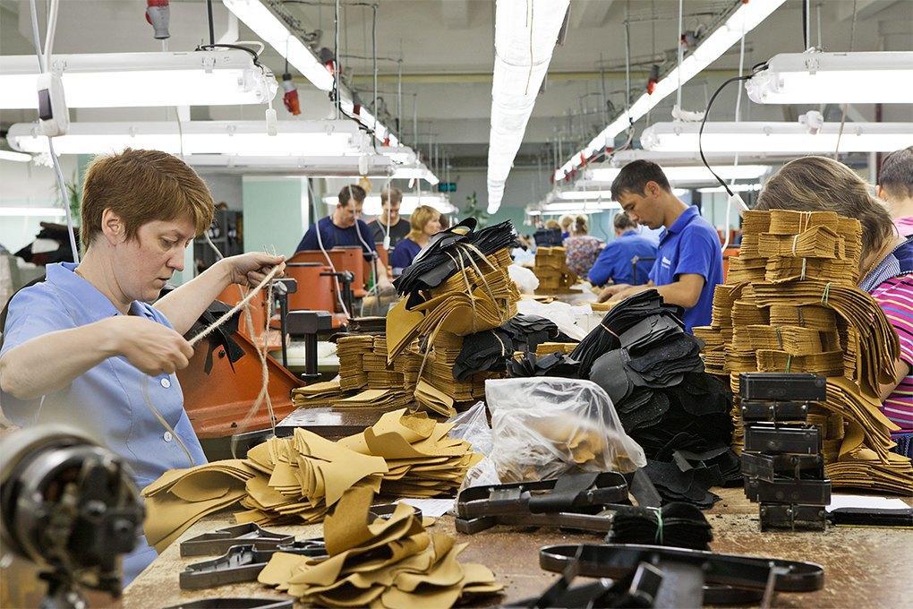 Производственный процесс: Как делают ботинки. Изображение № 5.