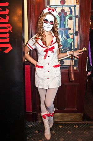 Костюм медсестры для хэллоуина своими руками