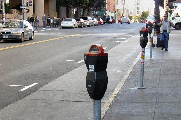 Как у них: Жители 5 столиц оплатных парковках. Изображение № 18.