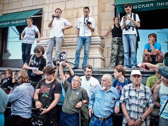 Copwatch: действия полиции на «сидячем» митинге «Стратегии-31» на Триумфальной площади. Изображение № 1.