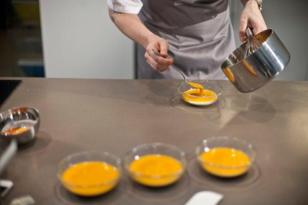 Шеф дома: Ягненок, хумус иоблепиховый десерт шефа «Стрелки». Изображение № 134.