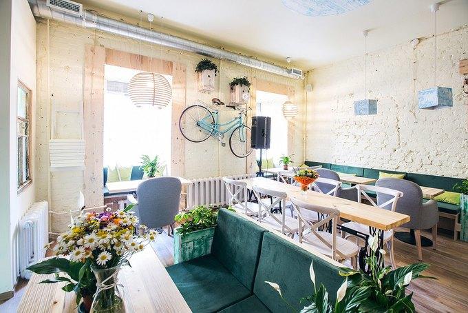 Новое вегетарианское кафе «Укроп» открылось на«Чернышевской» . Изображение № 2.