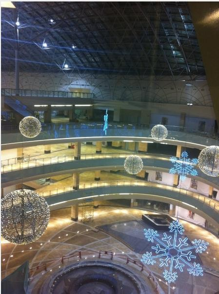 Изображение 2. Один из крупнейших торговых центров откроется в марте.. Изображение № 4.