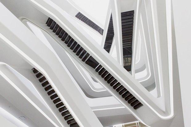 Из чего состоит архитектура Захи Хадид. Изображение № 7.
