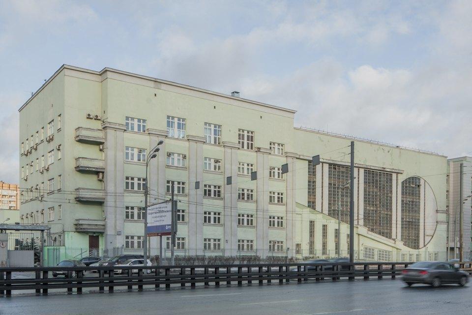 Архитектор Михаил Князев — осамых необычных автомобильных гаражах Москвы. Изображение № 3.
