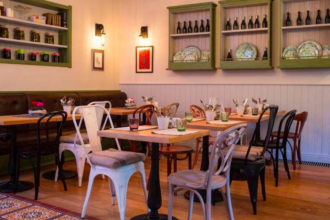 На Малой Бронной открылось кафе кошерной еврейской кухни «Семь сорок». Изображение № 2.
