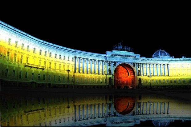 На ночь глядя: 12 проектов подсветки Главного штаба. Изображение № 28.