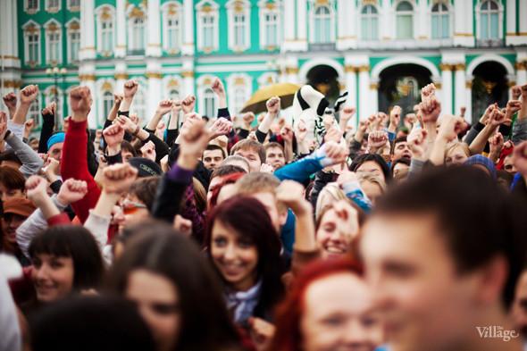 В Петербурге на Дворцовой площади танцевал Мэтт Хардинг. Изображение № 4.
