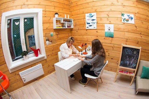 В саду «Эрмитаж» открыли детскую парикмахерскую. Изображение № 3.