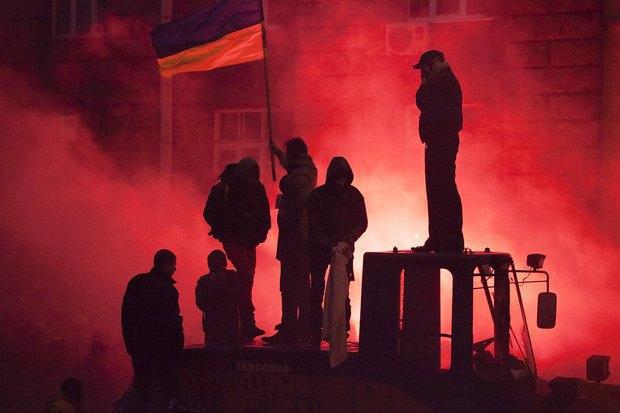 Работа со вспышкой: Фотографы — о съёмке на «Евромайдане». Изображение № 17.