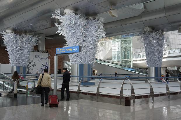 Каток в аэропорту Инчеон. Изображение № 14.