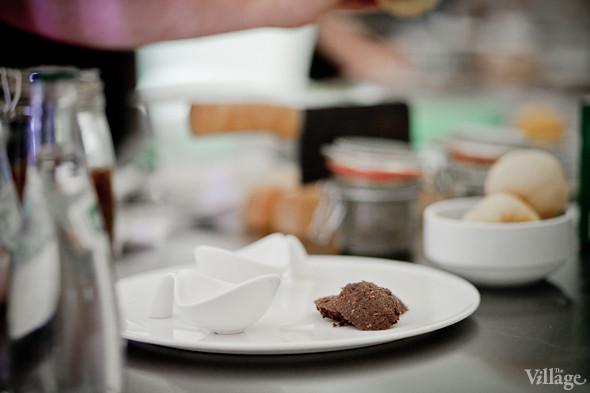 Omnivore Food Festival: Иван Шишкин готовит пеммикан и черемуховые полбяные пряники. Изображение № 44.