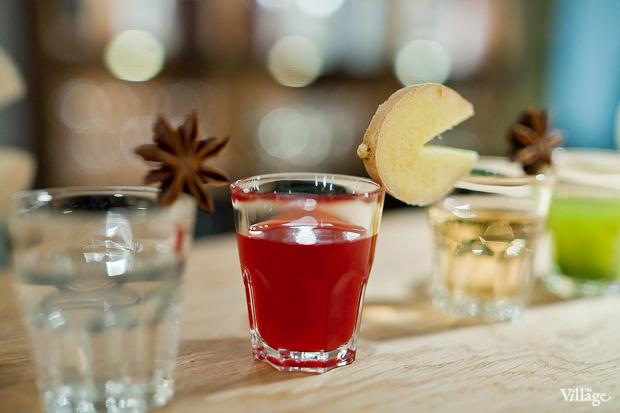 Настойки: пряная, клюквенная, хреновуха, розмарин-яблоко, имбирная, грушевая — 150 рублей. Изображение № 31.