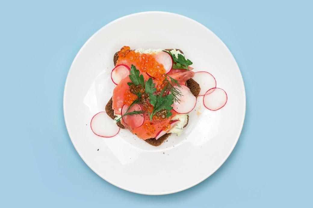 Смёрребрёд иещё пять блюд сикрой для новогоднего стола. Изображение № 7.
