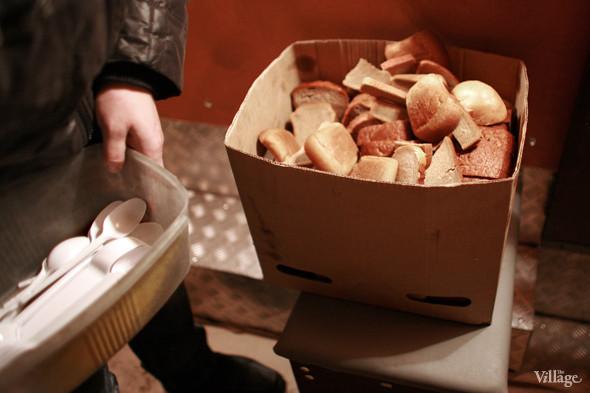 Хлеб даёт Александро-Невская лавра. Изображение № 8.