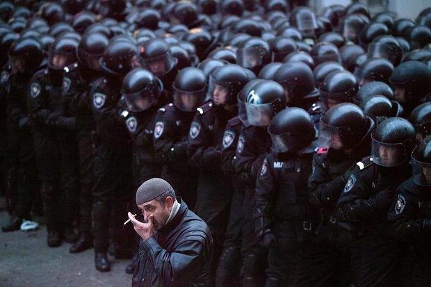 Работа со вспышкой: Фотографы — о съёмке на «Евромайдане». Изображение № 19.