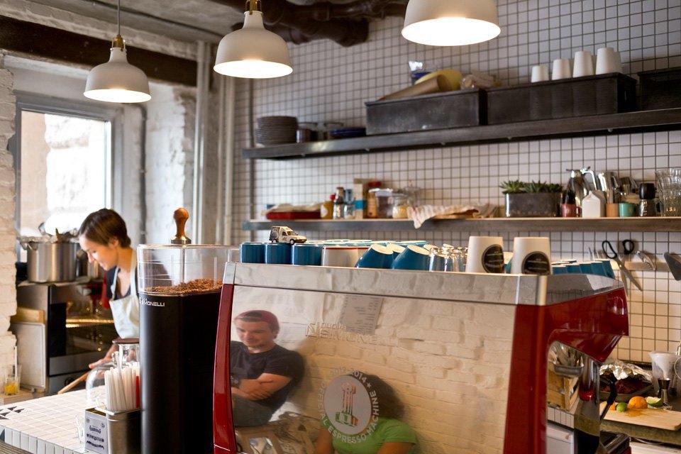 Кофейня GoodEnough. Изображение № 6.