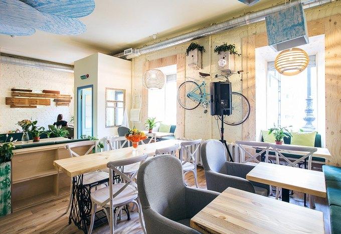 Новое вегетарианское кафе «Укроп» открылось на«Чернышевской» . Изображение № 1.