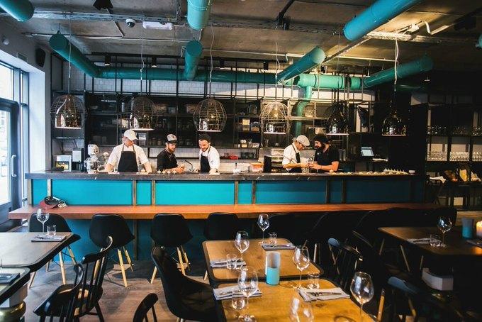 Команда Door 19 открыла бар-ресторан 15Kitchen+Bar. Изображение № 1.