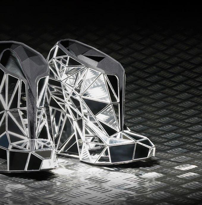 Обувь будущего, японское кино, новогодние ярмарки иещё 17событий выходных. Изображение № 7.