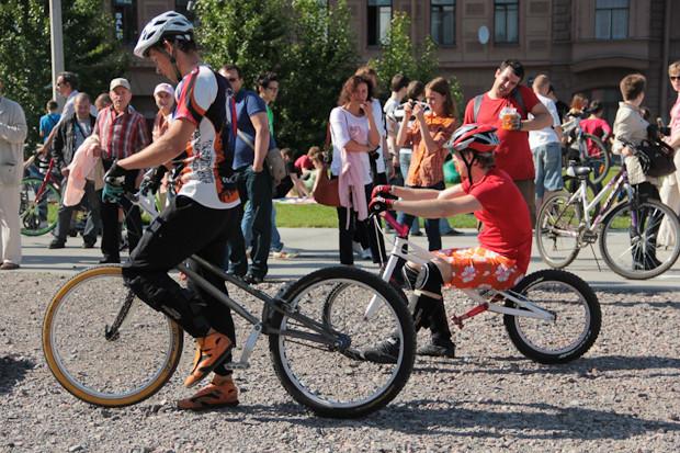 Фоторепортаж: Велопробег «За велогород». Изображение № 34.