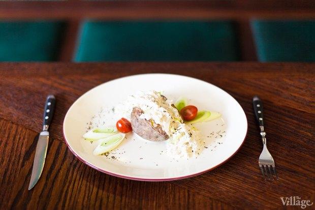 Гентский ватерзои с печённым в морской соли картофелем — 320 рублей. Изображение № 15.