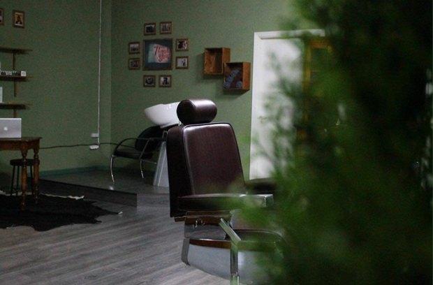 На «Новочеркасской» открылась мужская парикмахерская «Морж». Изображение № 1.