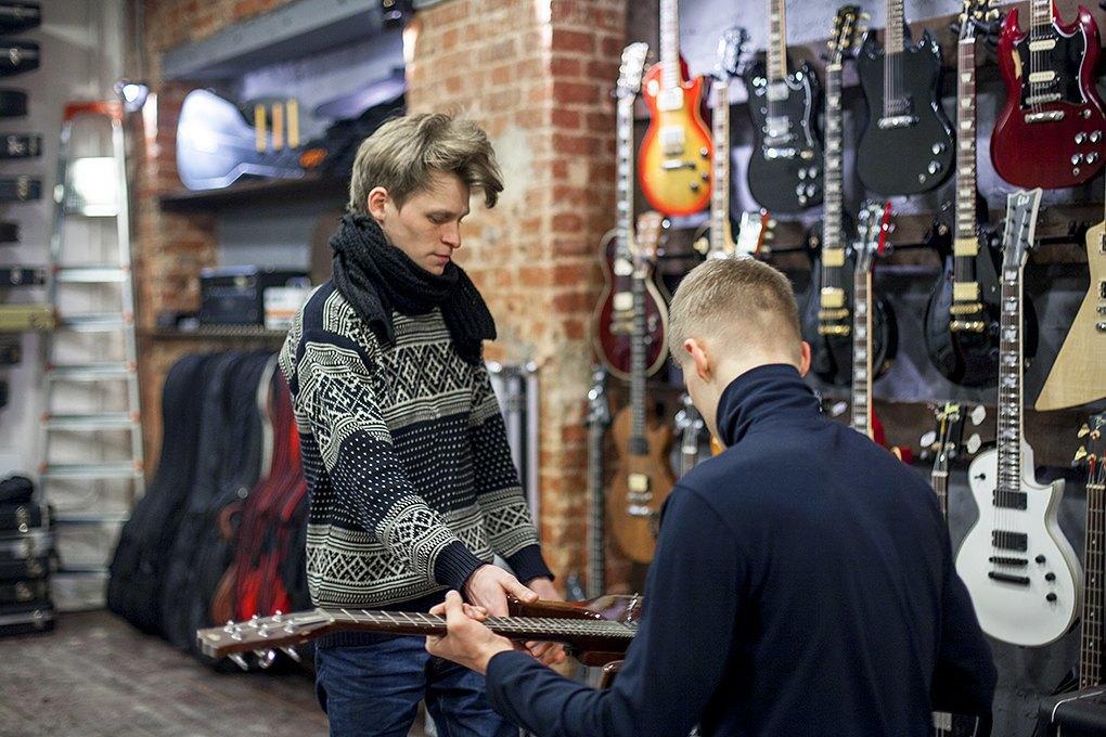 Guitar hero: Как бывший звукорежиссёр зарабатывает на винтажных гитарах. Изображение № 4.