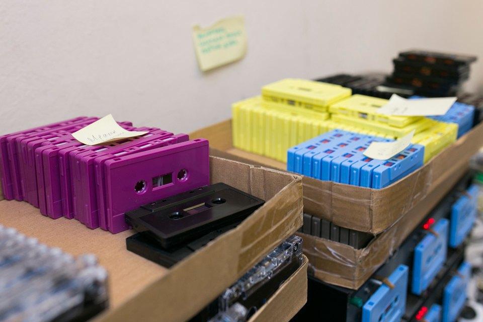 Как петербуржцы организовали единственное в России производство кассет. Изображение № 5.
