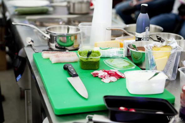 Omnivore Food Festival: Илья Шалев и Алексей Зимин готовят три блюда из редиса и черемши . Изображение № 12.
