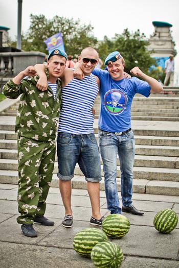 Фоторепортаж: День ВДВ в парке Горького. Изображение № 45.