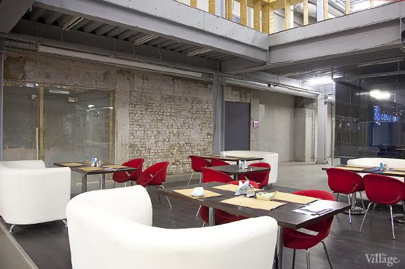Общая кухня: Кафе-бар Iskra, кафе «Молоко», Genius Bar и Cafe Brocard на «Флаконе». Изображение № 40.