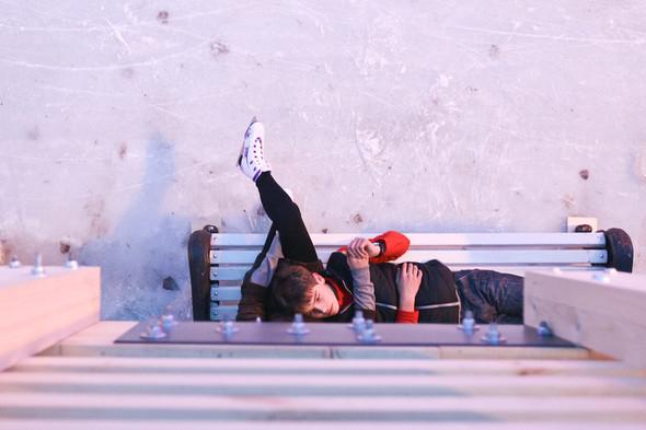 Бегущий на лезвиях: Первые посетители катка в парке Горького. Изображение № 9.