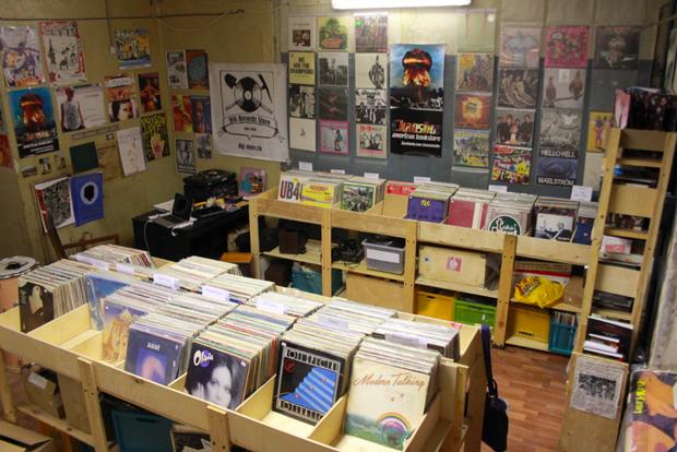 В Политехе открылся обновлённый магазин винила Dig. Изображение № 4.
