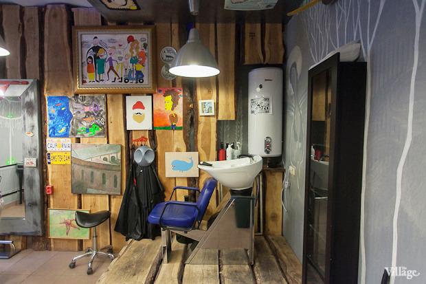 Можно покороче: 5необычных парикмахерских в Петербурге. Изображение № 3.