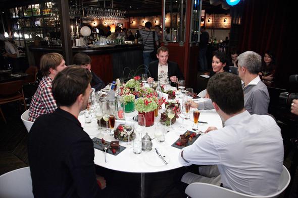 Разговоры на ужине: Старые и новые развлечения Москвы. Изображение № 9.
