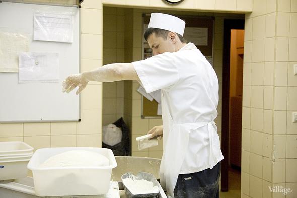 Фоторепортаж с кухни: Как пекут хлеб в «Волконском». Изображение № 7.