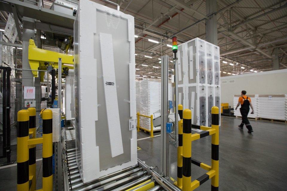 Как собирают дизайнерские холодильники . Изображение № 21.