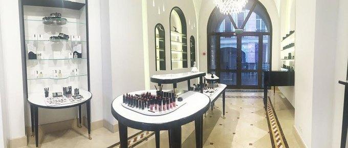 В Москве открылся магазин косметики ипарфюмерии Rouge Bunny Rouge. Изображение № 2.