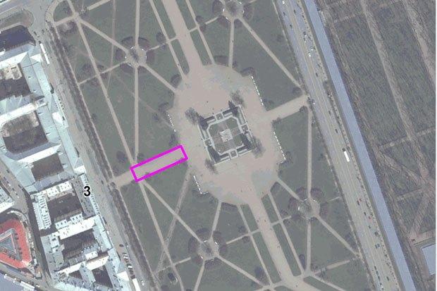 Марсово поле стало официальным гайд-парком. Изображение № 1.