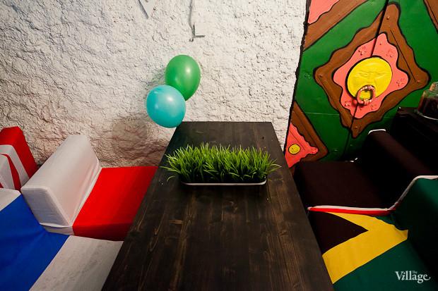 Семейная кофейня «БольшеКофе!» открылась в гроте Александровского парка. Изображение № 9.