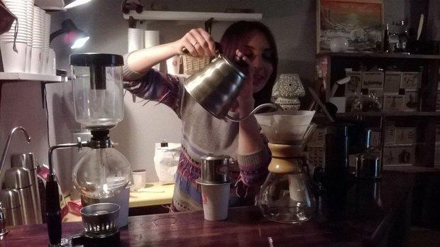Кофейня Brew Cabinet Bar обосновалась в книжном магазине «Все свободны». Изображение № 2.