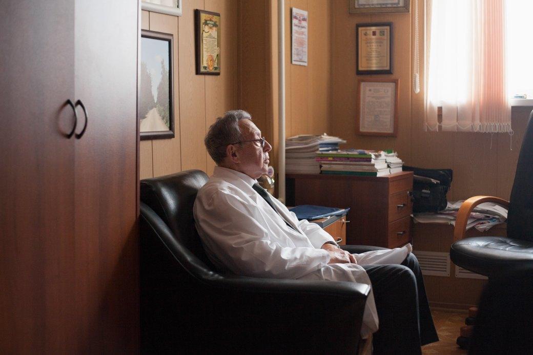 Гастроэнтеролог Семён Рапопорт— отом, кому можно незавтракать поутрам. Изображение № 4.