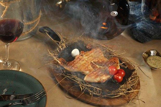 «Цыпленок в сене с дымом» в «Шинке». Изображение № 18.