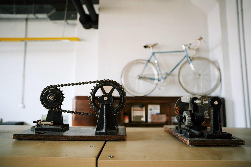 Офис дизайн-бюро «Щука» с усами на стенах. Изображение № 20.