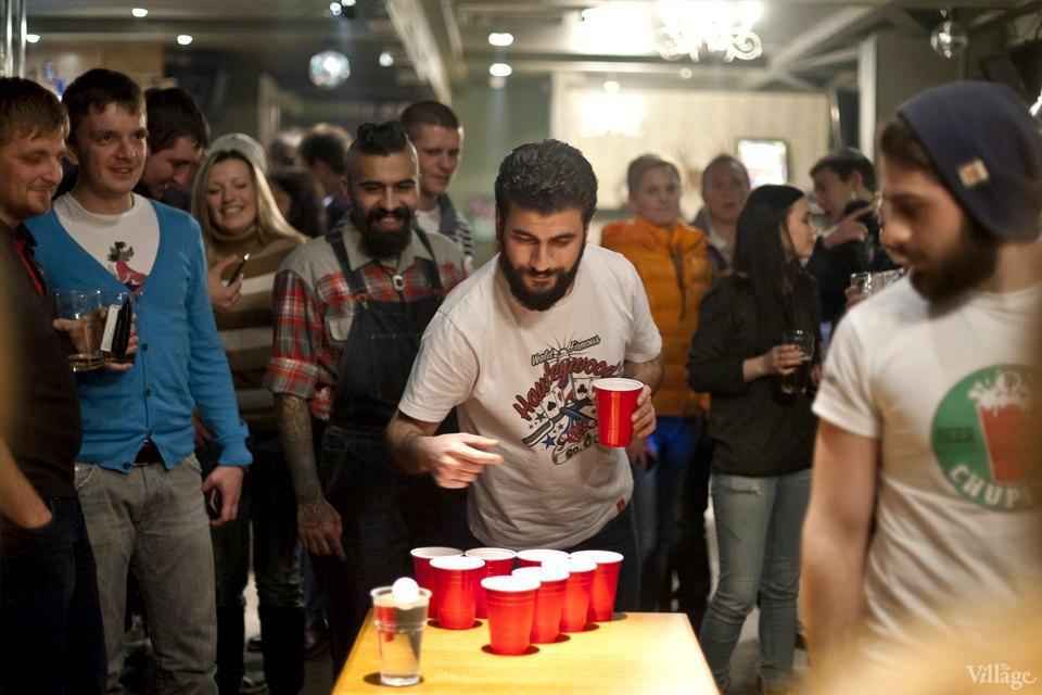 Дали по шарам: Кто игде играет вбир-понг вМоскве. Изображение № 3.