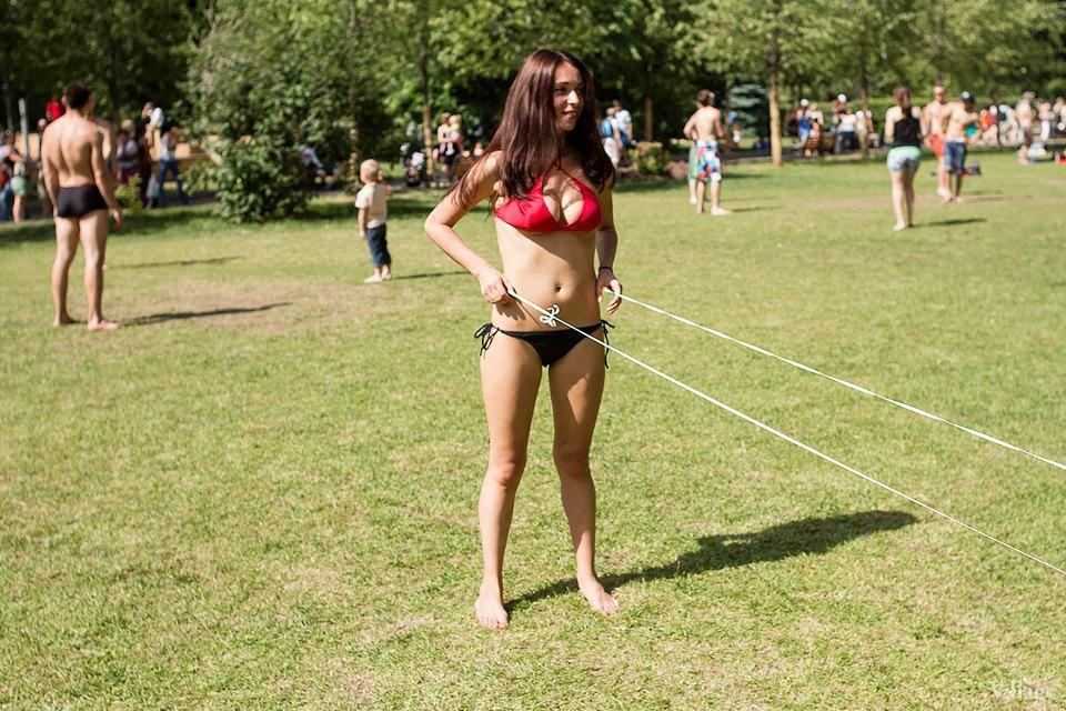 Люди в городе: Играющие в парках. Изображение № 15.
